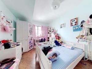 悦城花园一期 5室2厅 206.15㎡_悦城花园一期二手房卧室图片5