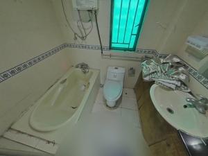 东部阳光花园 3室2厅 89㎡ 整租_东部阳光花园租房卫生间图片17