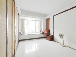 悦城花园一期 6室1厅 144.37㎡ 简装_悦城花园一期二手房卧室图片4