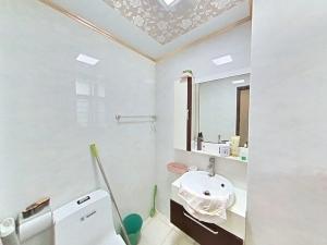 悦城花园一期 4室2厅 140㎡ 整租_悦城花园一期租房卫生间图片14