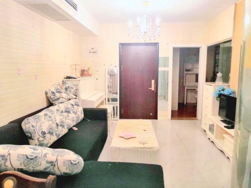 港澳8号 2室1厅 67㎡ 整租_港澳8号租房客厅图片1