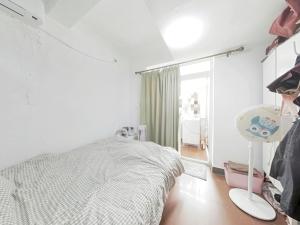 鹏益花园 2室1厅 63.58㎡ 精装_鹏益花园二手房卧室图片4